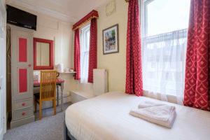 Newport Quay Hotel Room 1 Bathroom Single_2