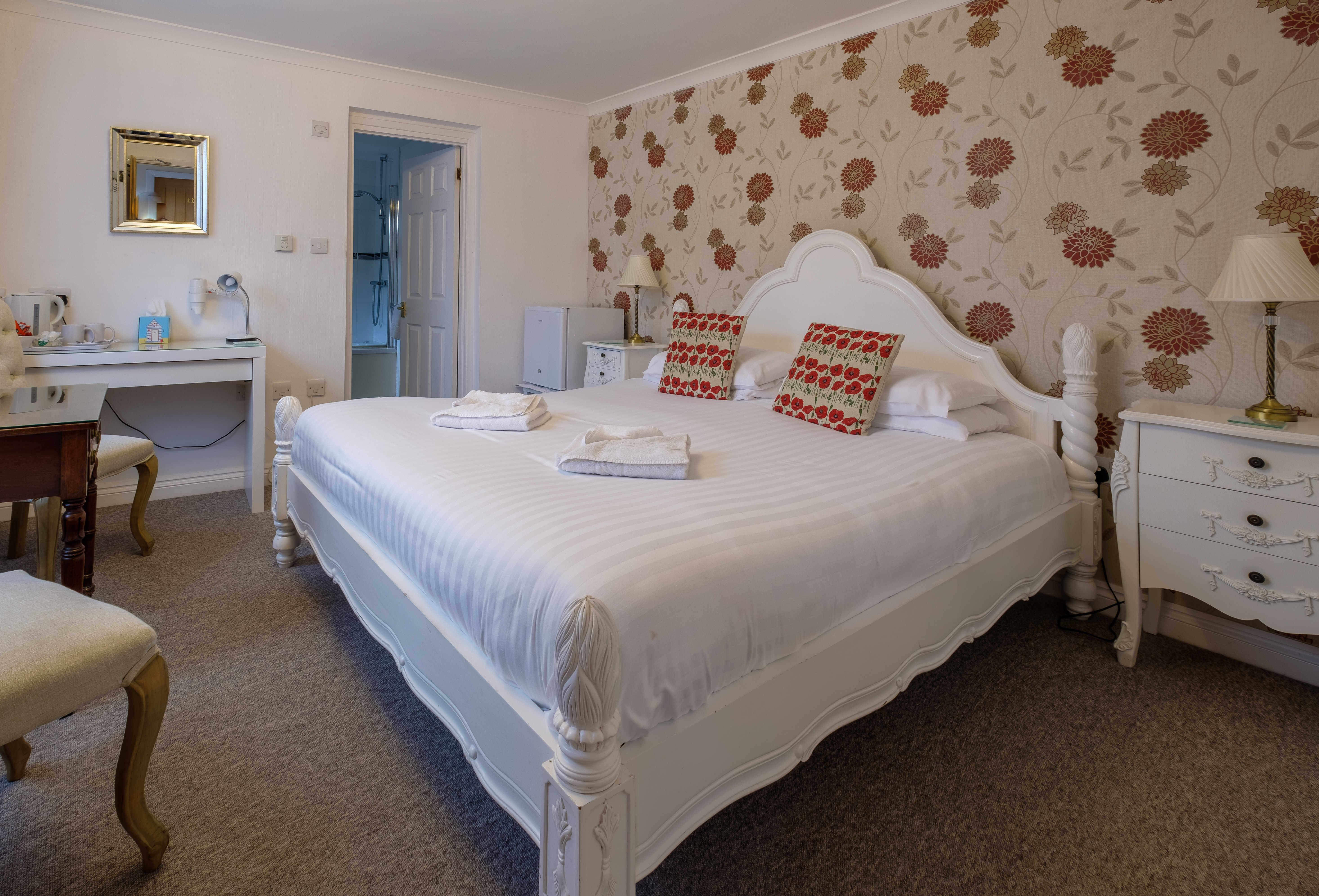 Newport Quay Hotel Room 12 Superior Double Room Super King Bed