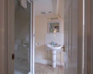Newport Quay Hotel Room 2, Triple Room Attic Bathroom