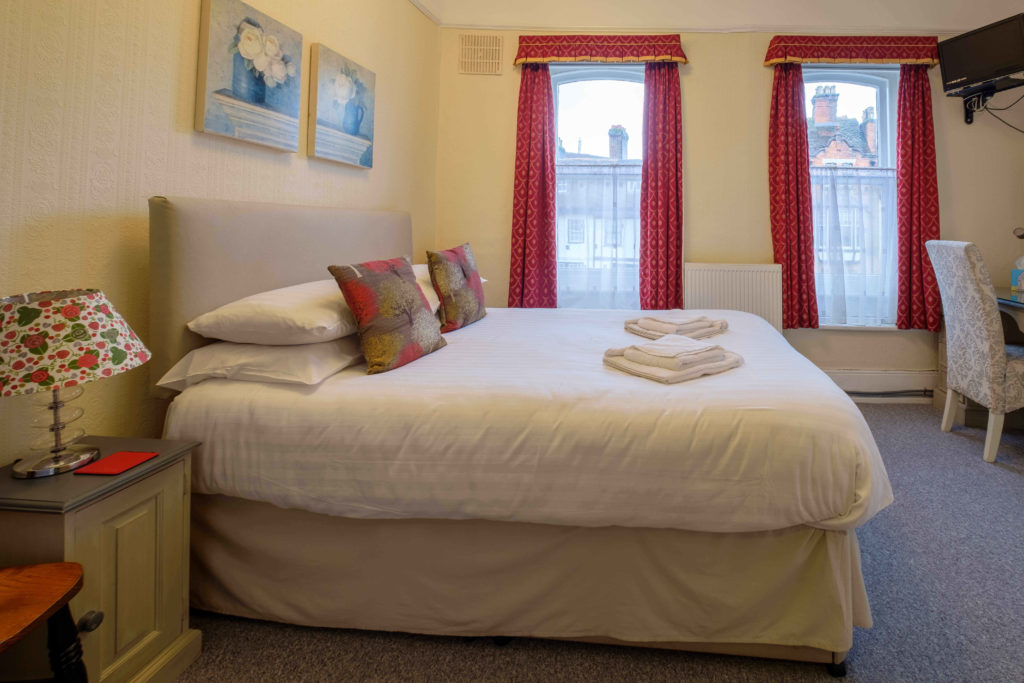 Newport Quay Hotel Room 4 Double Room Standard Double Bed
