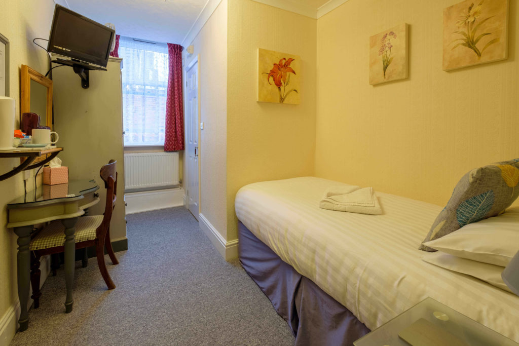 Newport Quay Hotel Room 5 Single Room Single Bed
