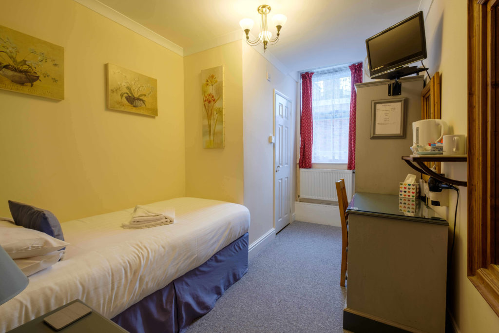 Newport Quay Hotel Room 6 Single Room Single Bed