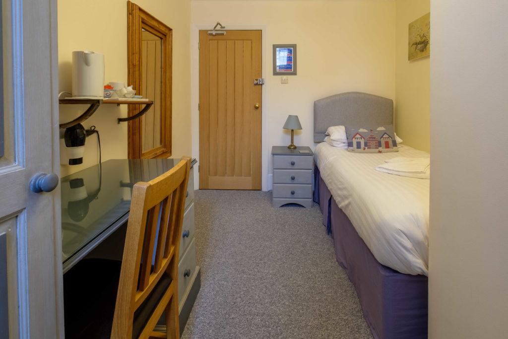 Newport Quay Hotel Room 6 Single Room Single Bed_2