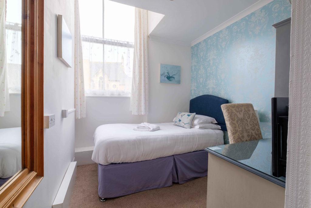 Newport Quay Hotel Room 7 Single Room Single Bed
